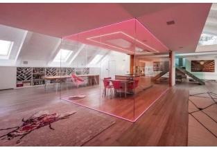 Sala da pranzo chiusa in box di vetro