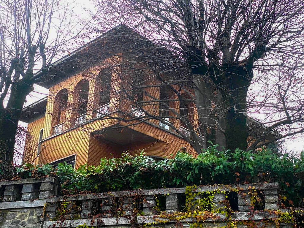 Villa con giardino - Corso Quintino Sella, Torino