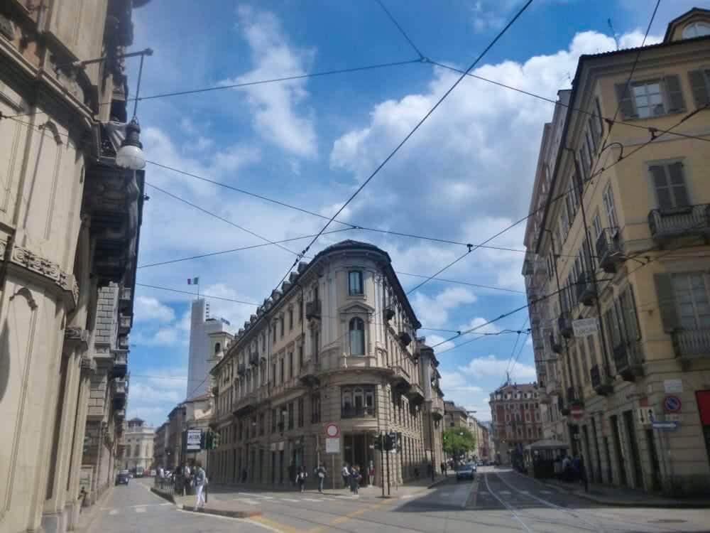 Porzione studio medico in Palazzo Mayneri - Via Mercanti, Torino